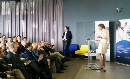 Marisol Touraine lors de l'inauguration d'Alexion R&D-Paris à l'Institut Imagine